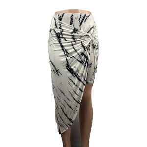 Charlotte russe asymmetrical tie dye skirt